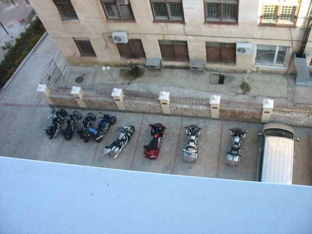 Парковка нижняя (во время байкшоу)отель в севастополе