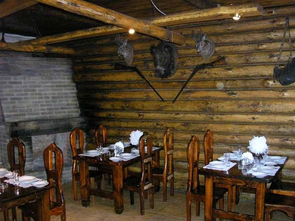 Охотничий домик - отдельные кабанки в ресторане Лесной
