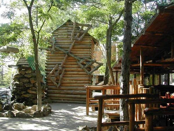 Территория комплекса Лесной, Севастополь, Сапун-гора